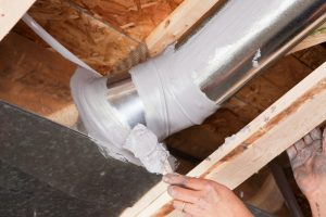 hand-sealing-ductwork